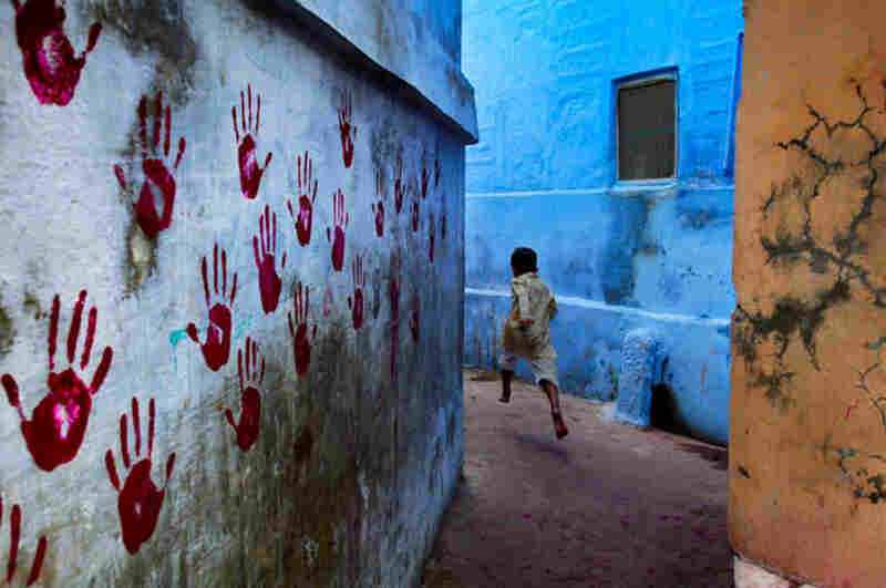 Boy in Midflight, Jodhpur, India, 2007