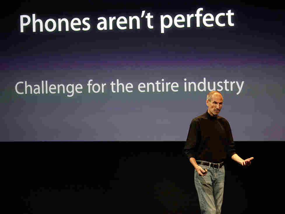 Apple CEO Steve Jobs talks about the Apple iPhone4 at Apple headquarters in Cupertino, Calif.