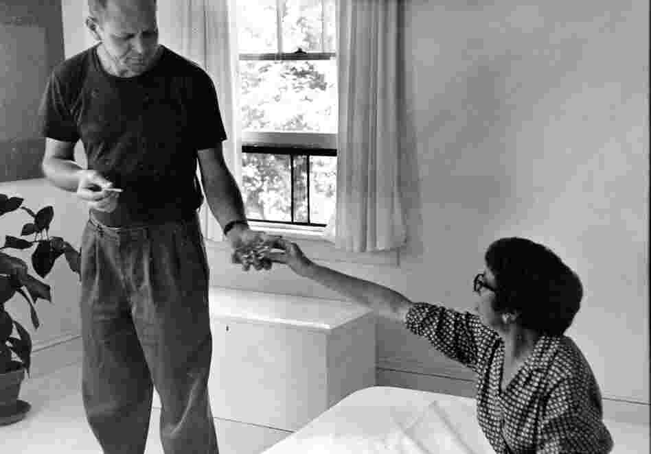 Pollock and Krasner in their bedroom, August 1953