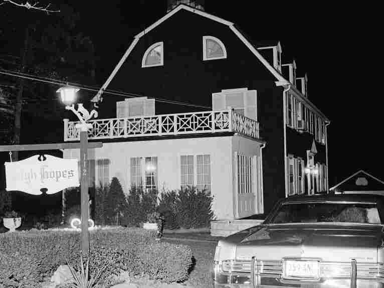 Amityville, 1974