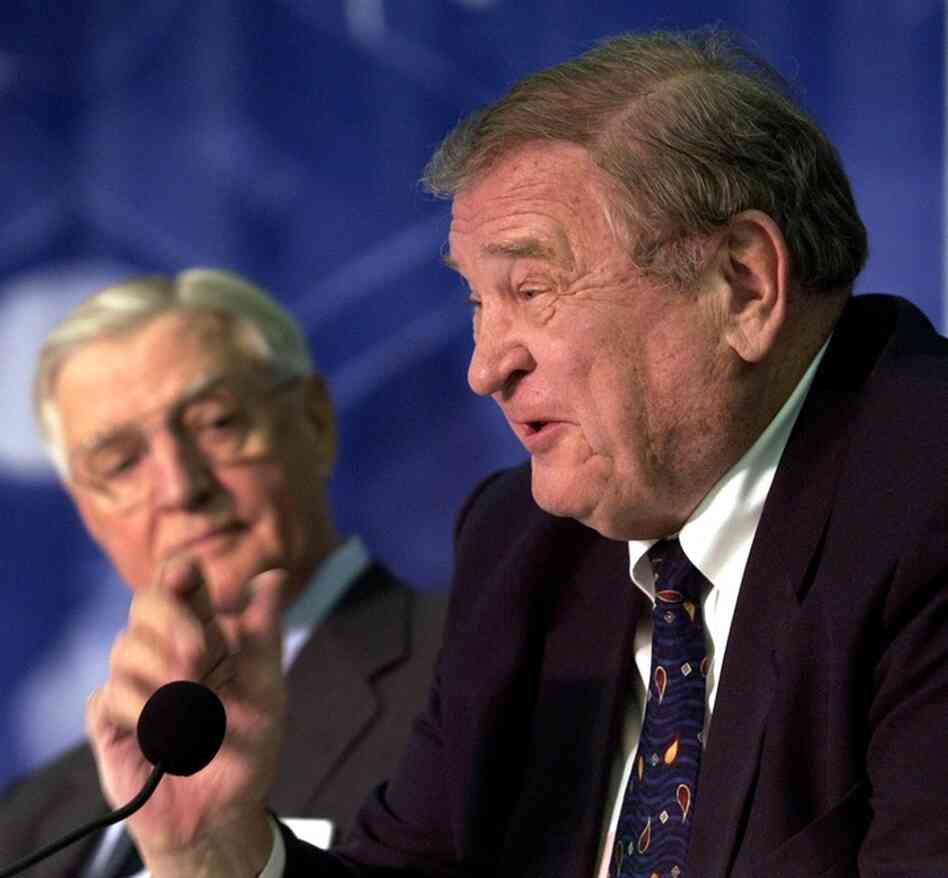 Former U.S. Rep. Dan Rostenkowski talks about the late Chicago Mayor Richard J. Daley at a 2005 celebration honoring the 50th anniversary of Daley's debut as mayor. In the background is former Vice President Walter Mondale. Rostenkowski, like Daley a towering political figure from the Windy City, died Wednesday at age 82.
