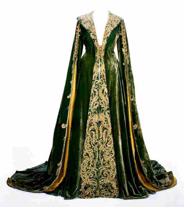 Green velvet dressing gown worn by Vivien Leigh as Scarlett O'Hara in Gone With The Wind. Image courtesy Harry Ransom Center.