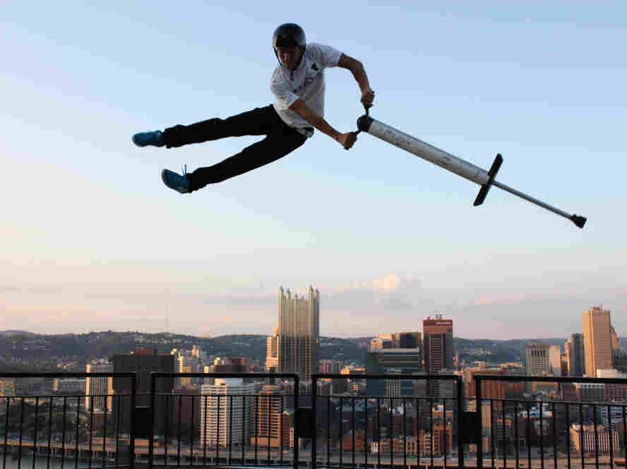 """Fred Grybowski does a """"Can-Can"""" over Pittsburgh during Pogopalooza 6 in 2009. Gabe Ryan/Xpogo.com"""