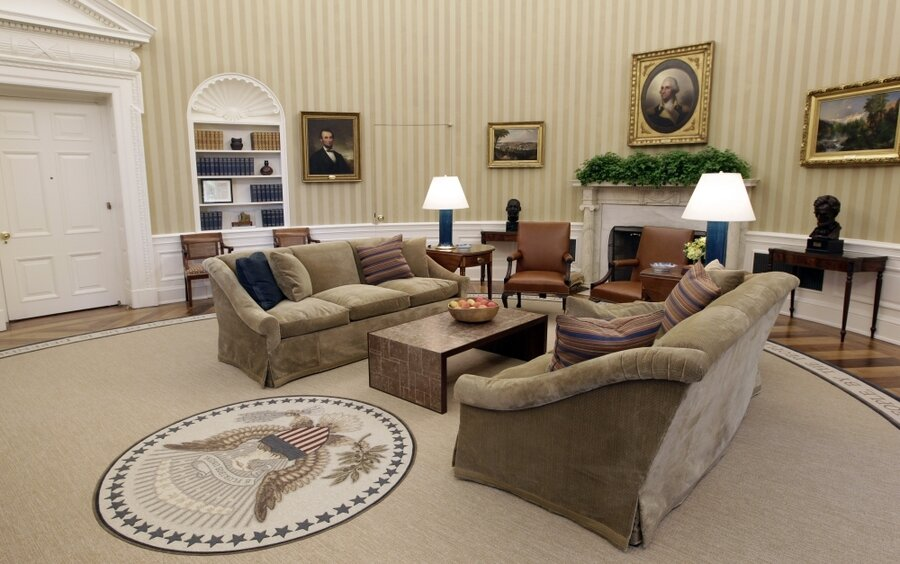 obamas oval office obama39s new look oval office proves there39s no disputing taste barak obama oval office golds