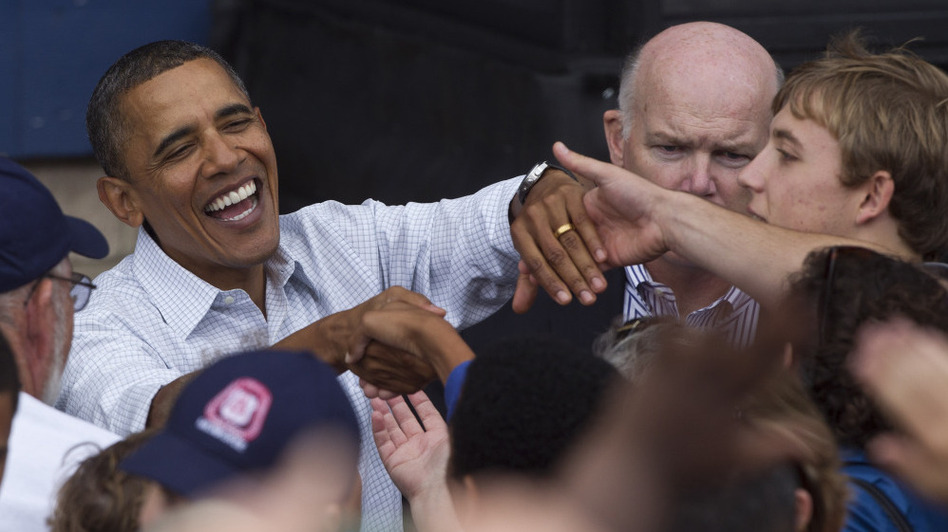 President Obama shakes hands after speaking at the annual Milwaukee Area Labor Council Laborfest on Sept. 6.