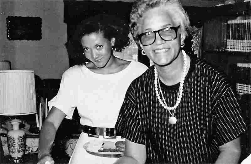 Norris with her mother in 1988, the year her father died.