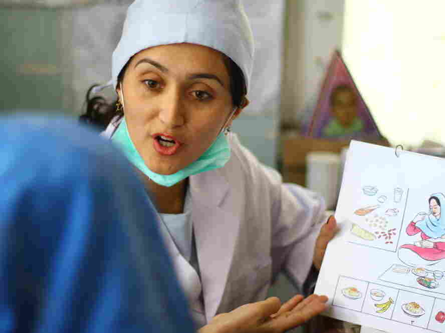 afghanistan midwife