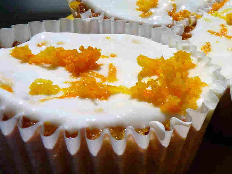 Orange Cardamom Cupcakes With Orange Yogurt Icing