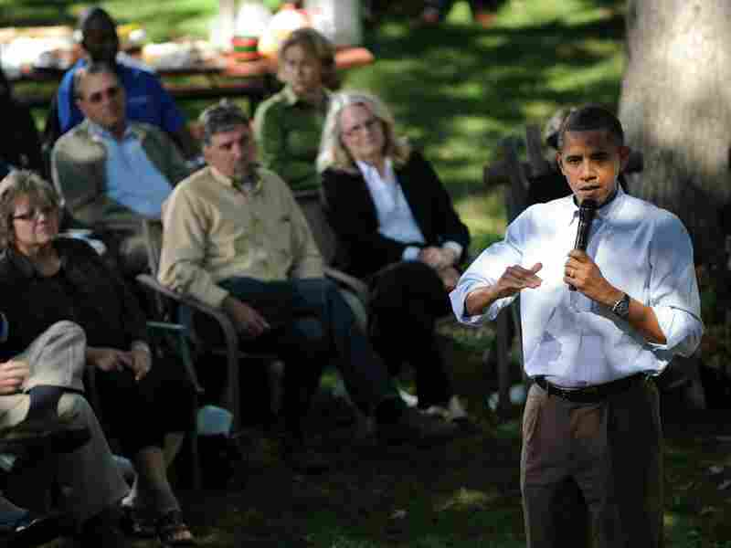 President Obama holds a conversation in the Clubb family's backyard in Des Moines, Iowa.