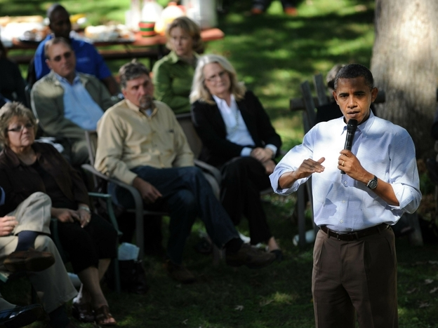 President Obama holds a conversation Wednesday in the backyard of Jeff and Sandy Clubb in Des Moines, Iowa.