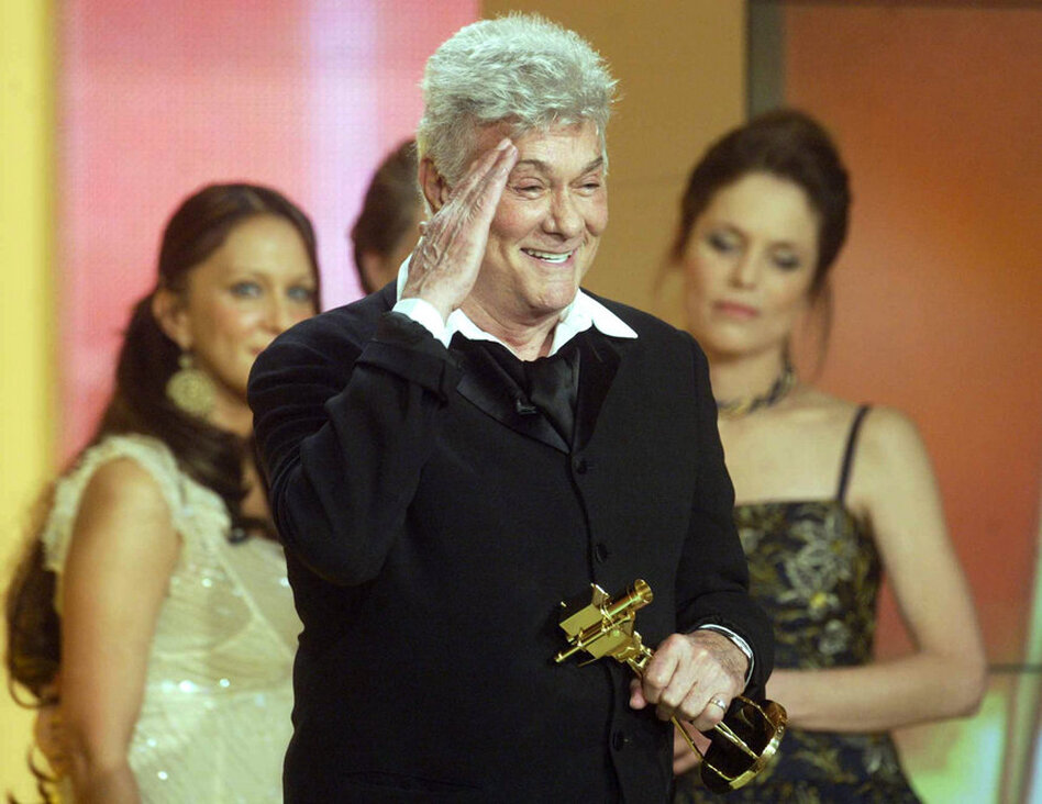 Although Curtis never received an Academy Award, he was honored with lifetime achievement awards later in life, such as the Golden Camera award in 2004.