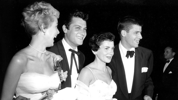Curtis and his first wife, Janet Leigh (left) attended a 1952 premiere with Patti and Jerry Lewis. (AP)