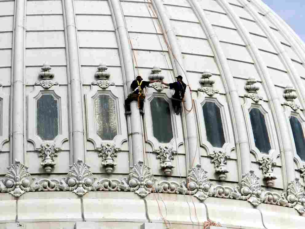 Capitol dome maintenance washers