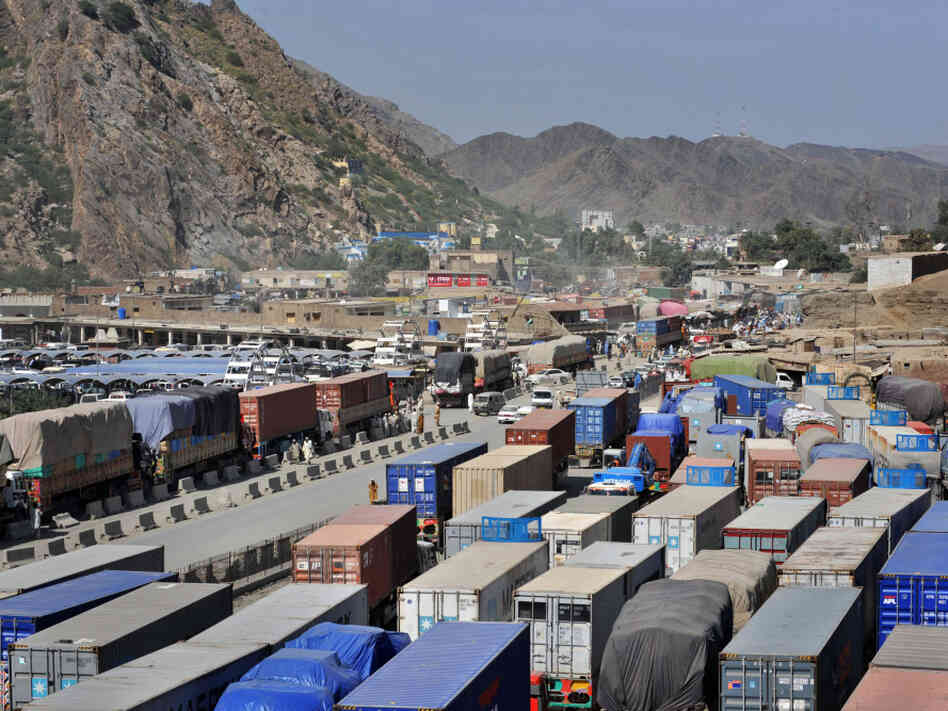 NATO trucks at Afghan border
