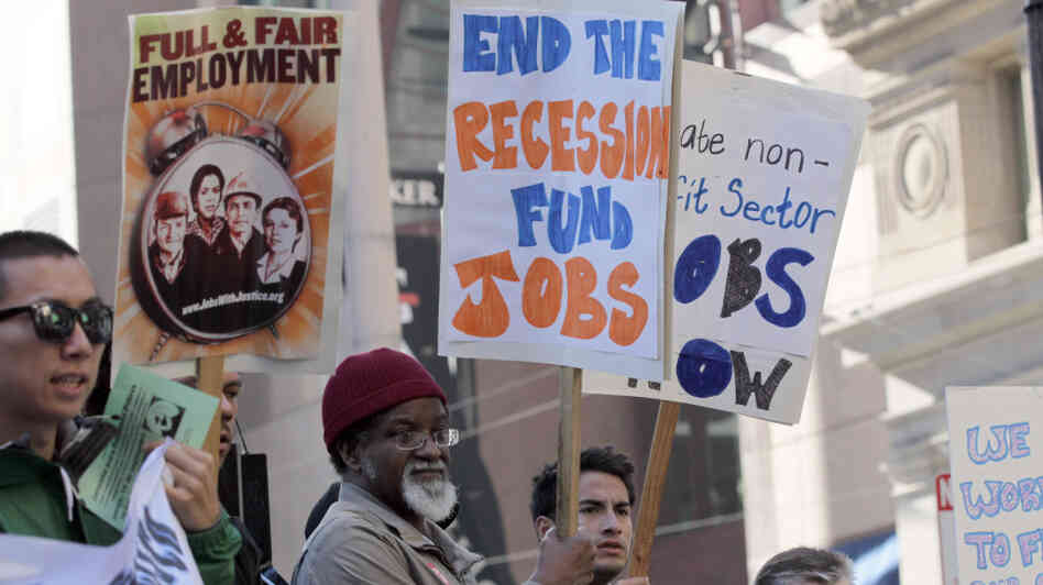 People demanding job creation rallied outside Sen. Dianne Feinstein's (D-CA) office in San Francisco