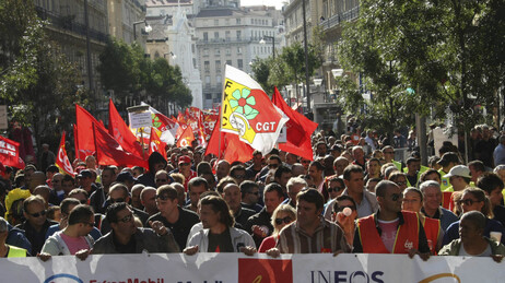 strikers in Marseille