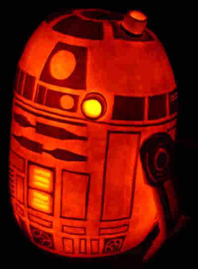 R2-D2 pumpkin