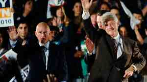President Clinton and Democratic gubernatorial candidate and California Attorney General Jerry Brown