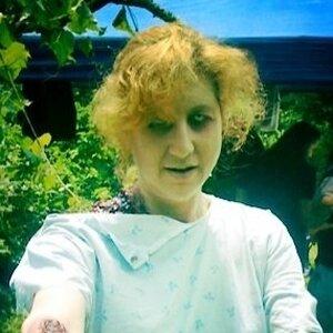 Beth Accomando as a zombie