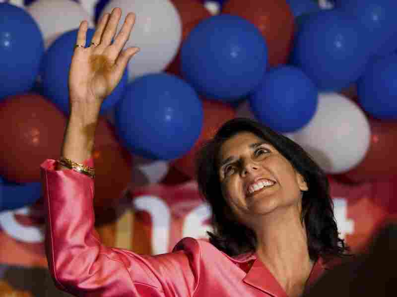 Nikki Haley waves to supporters