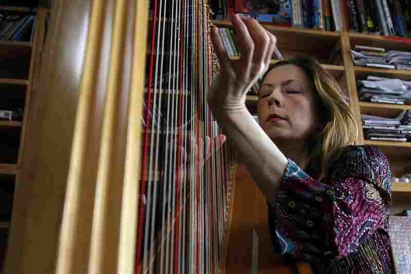 Yolanda Kondonassis plays the harp with her eyes shut on October 12th.