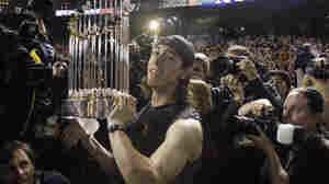Great Pitching Lifts Giants To World Series Win