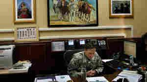 What General Petraeus Is Reading