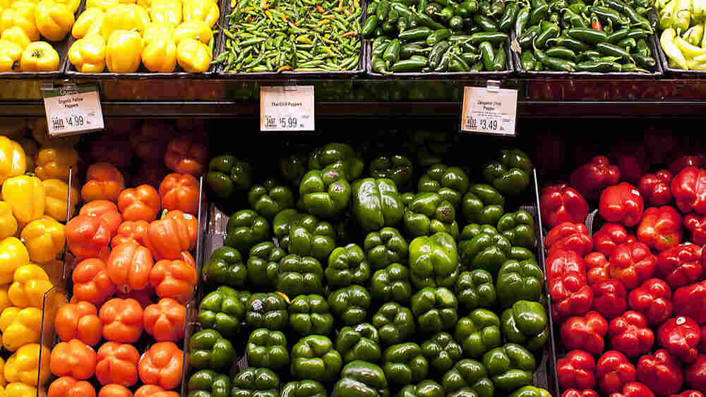 Some grocery stores are using subtle cues to point out good food choices.
