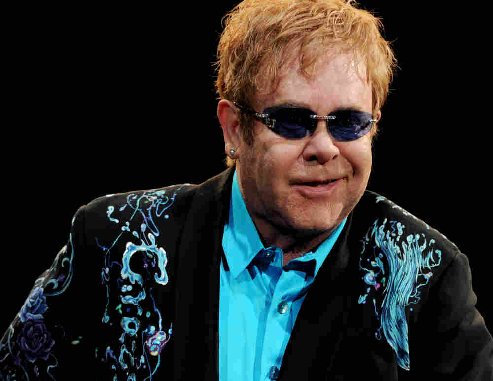 Elton John and Leon Russell Perform