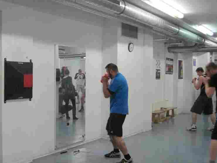 Chess-Boxers train in Berlin