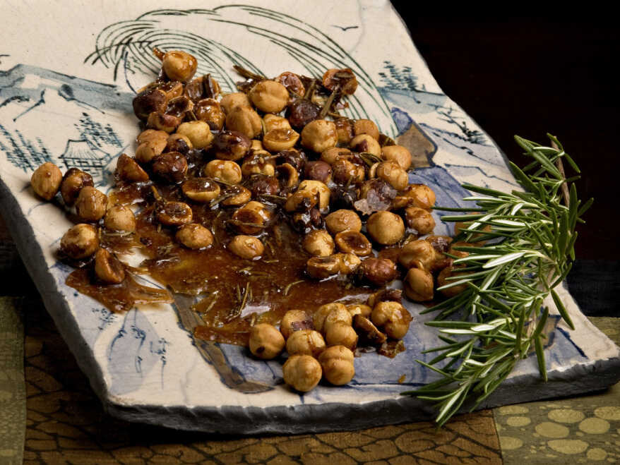Sweet And Spicy Roasted Hazelnuts With Rosemary