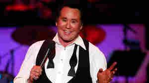 Wayne Newton performs in Las Vegas