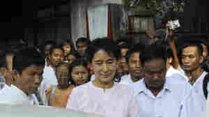Myanmar Mags Suspended For Suu Kyi Coverage