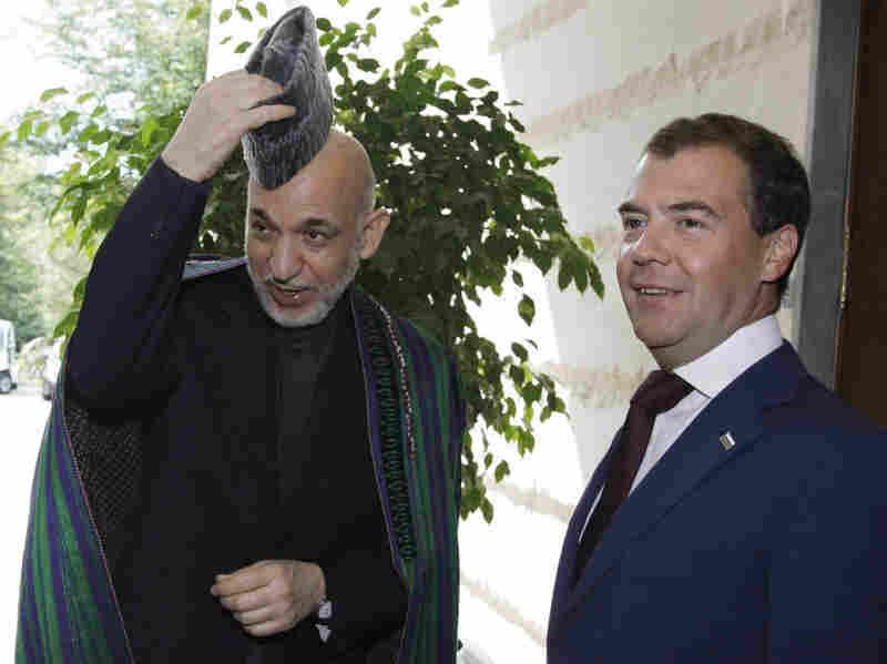 Dmitry Medvedev, Hamid Karzai