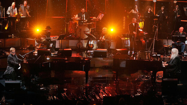 Elton John and Leon Russell at the Beacon Theatre