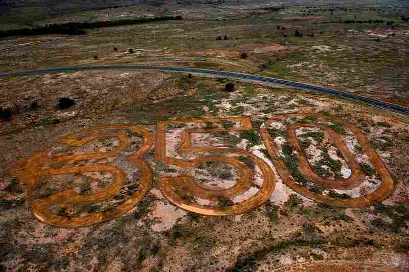 """350 Earth"" in Australia."