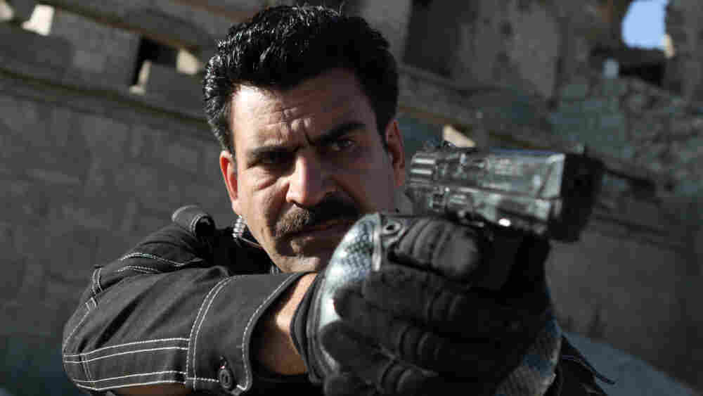 Kamran (actor Najebullah Sadiq) is the hardened but principled veteran police officer on 'Eagle Four'