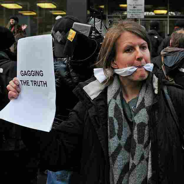 WikiLeaks Fallout: Unease Over Web Press Freedoms