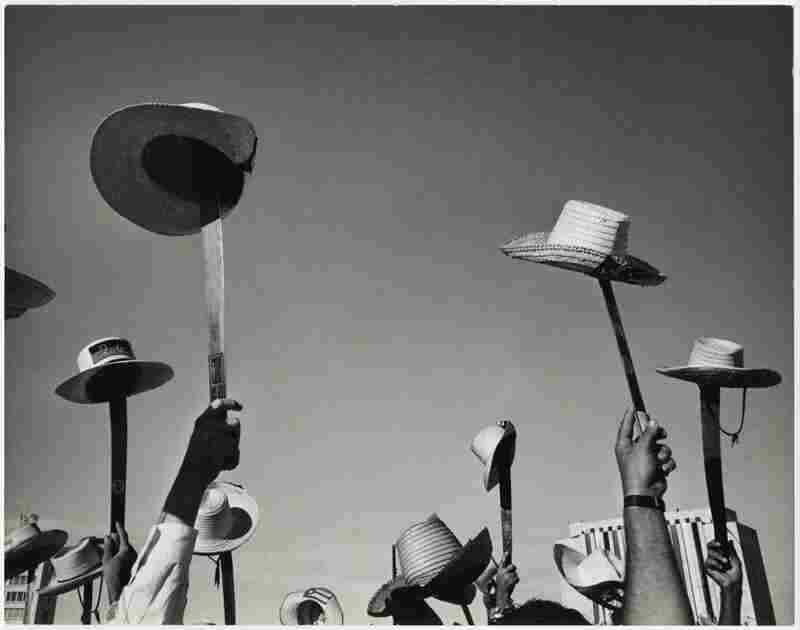 Hats and machetes, Revolution Square during the 26 July celebrations in the first year of the Revolution, Havana, 1959