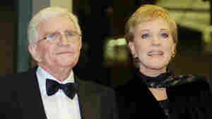 Director Blake Edwards and his wife, actress Julie Andrews, on Dec. 1, 2001.