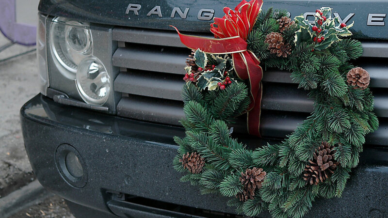 finished decorating the tree dont forget the truck - Christmas Decorations For Your Car