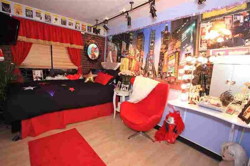 Keosha's room, after