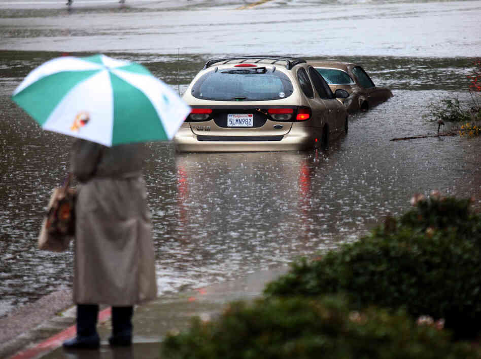 San Diego, Calif., Dec. 21: Flood waters rose in the San Diego River.