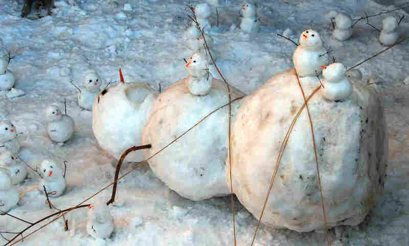 Gulliver's Travels in snowman world.