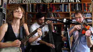 Abigail Washburn: Tiny Desk Concert