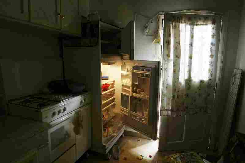 An apartment deserted by fleeing occupants during bombing raid in the Lebanon-Israel war. Nabatiya, Lebanon, 2006