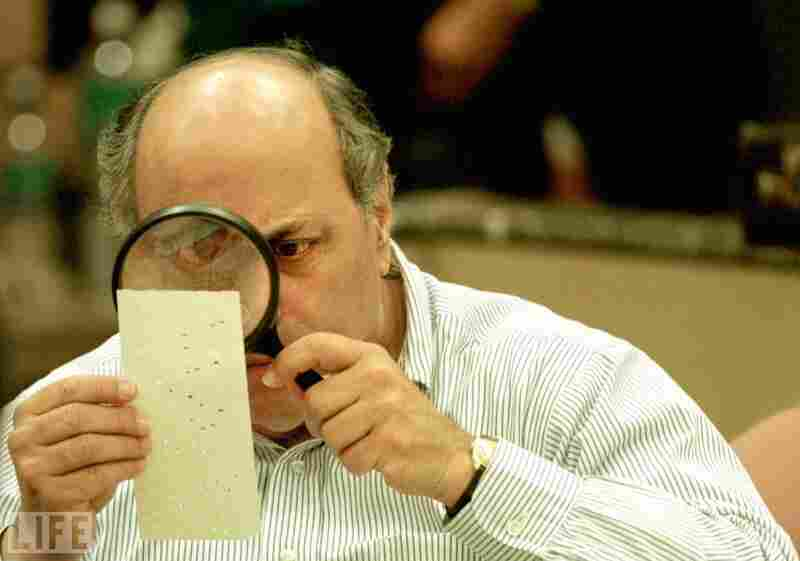 The world witnessed imperfections to the U.S. electoral system when the 2000 presidential contest between Texas Gov. George W. Bush and Vice President Al Gore came down to a series of holes punched into antiquated mechanical ballots in a couple of counties in Fla.