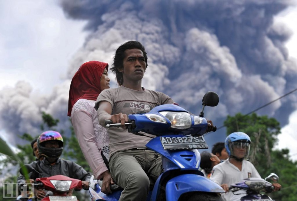 The Merapi volcano -- Indonesia's most active -- erupted in late 2010. By mid-November, the eruptions had forced the evacuation of 350,000 people, according to Life.