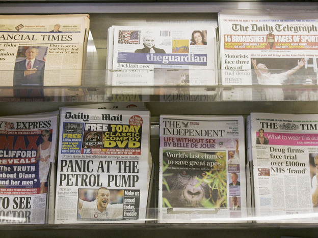 Britain's <em>The Guardian</em> and <em>The Independent</em> profess their left-leaning politics, while <em>The Daily Telegraph</em> and <em>The Daily Mail</em> are known to lean to the right.