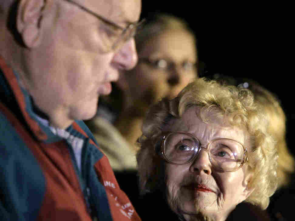 Former Illinois Gov. George Ryan with his wife, Lura Lynn, right, in April 2006.